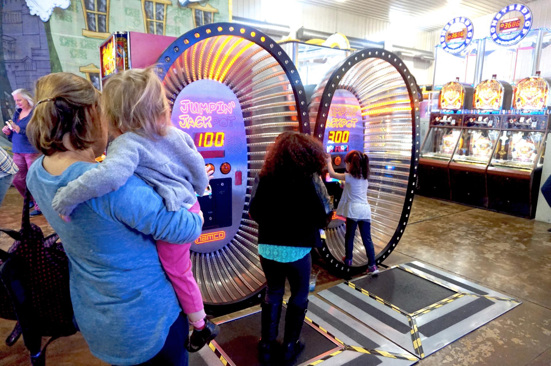 family fun in kenosha, family activities kenosha, arcade in kenosha
